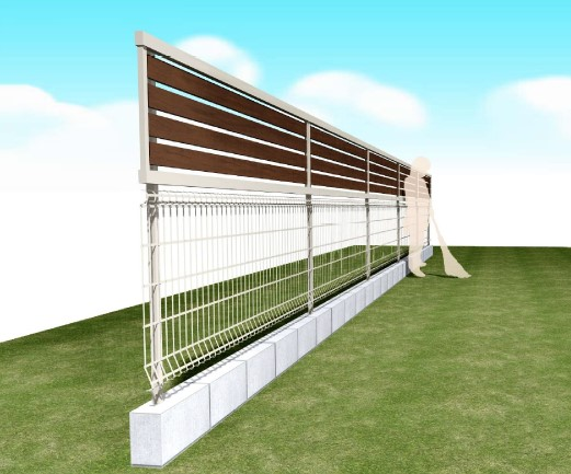 既存のフェンスが低い…